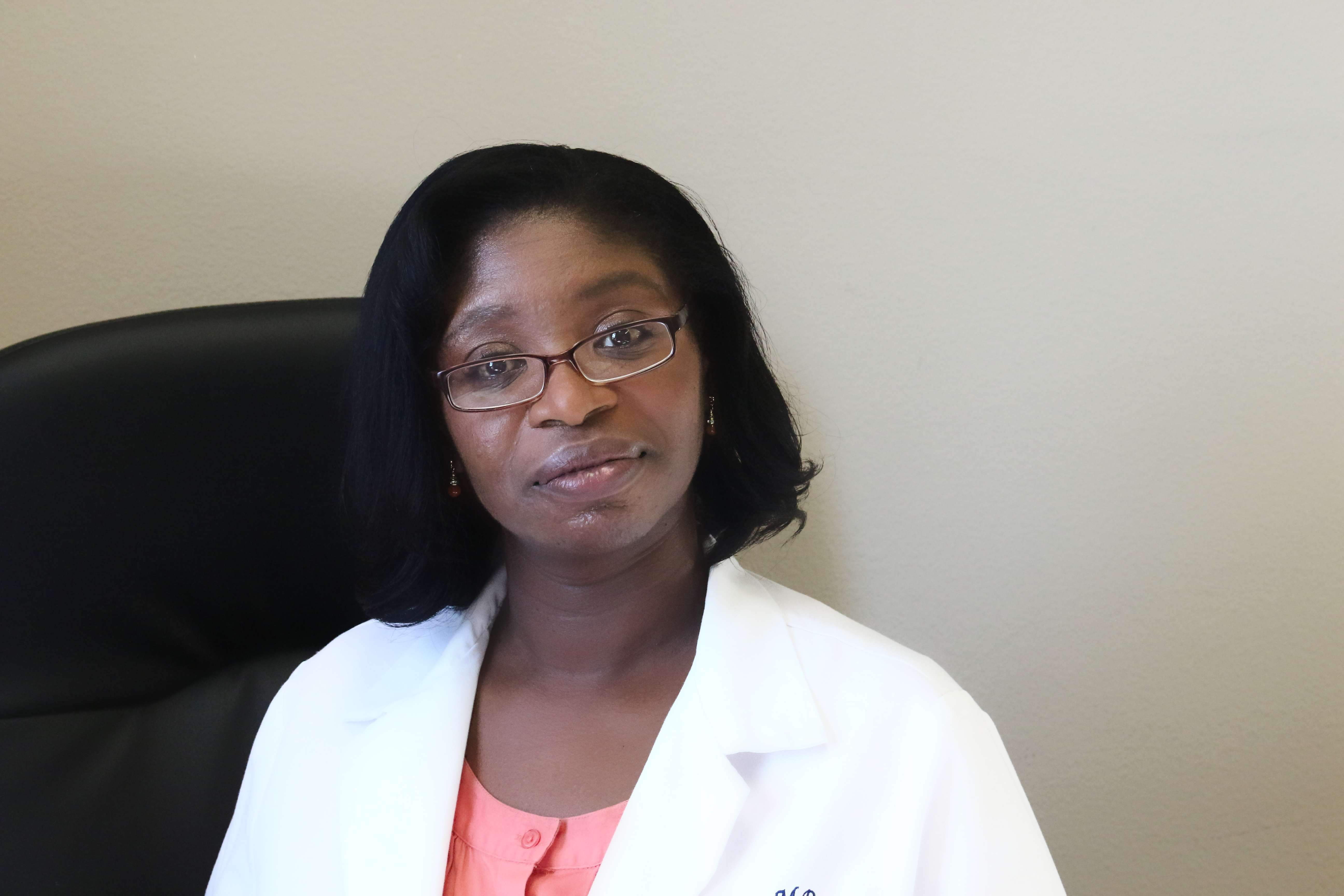 Dr. Lucia Gilling, MD