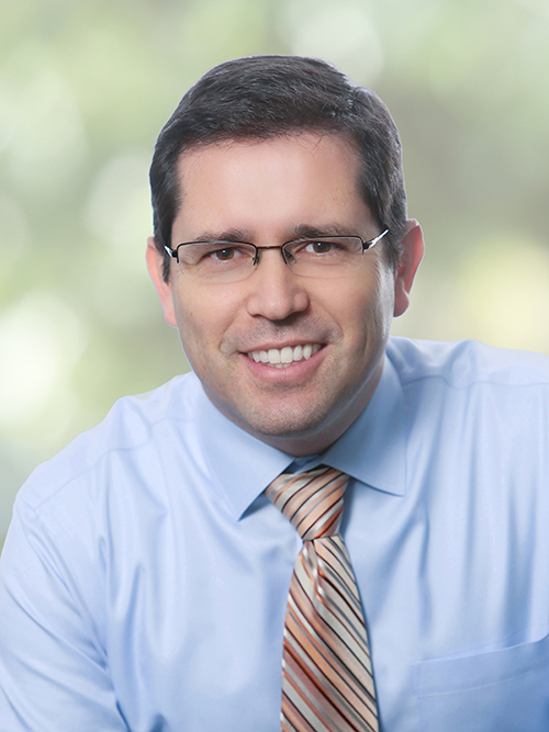 Dr. Cristian Vallejos, MD