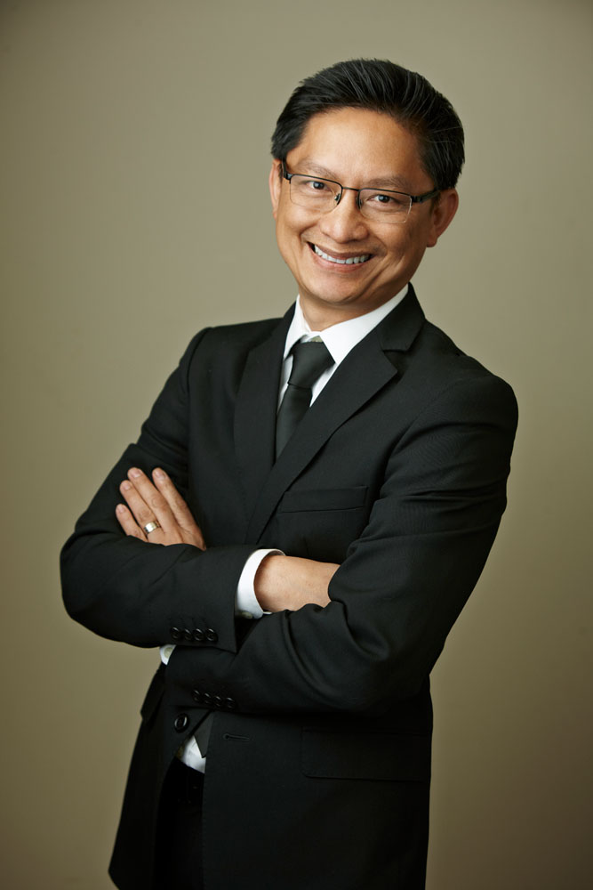 Dr. Randall Nguyen, MD