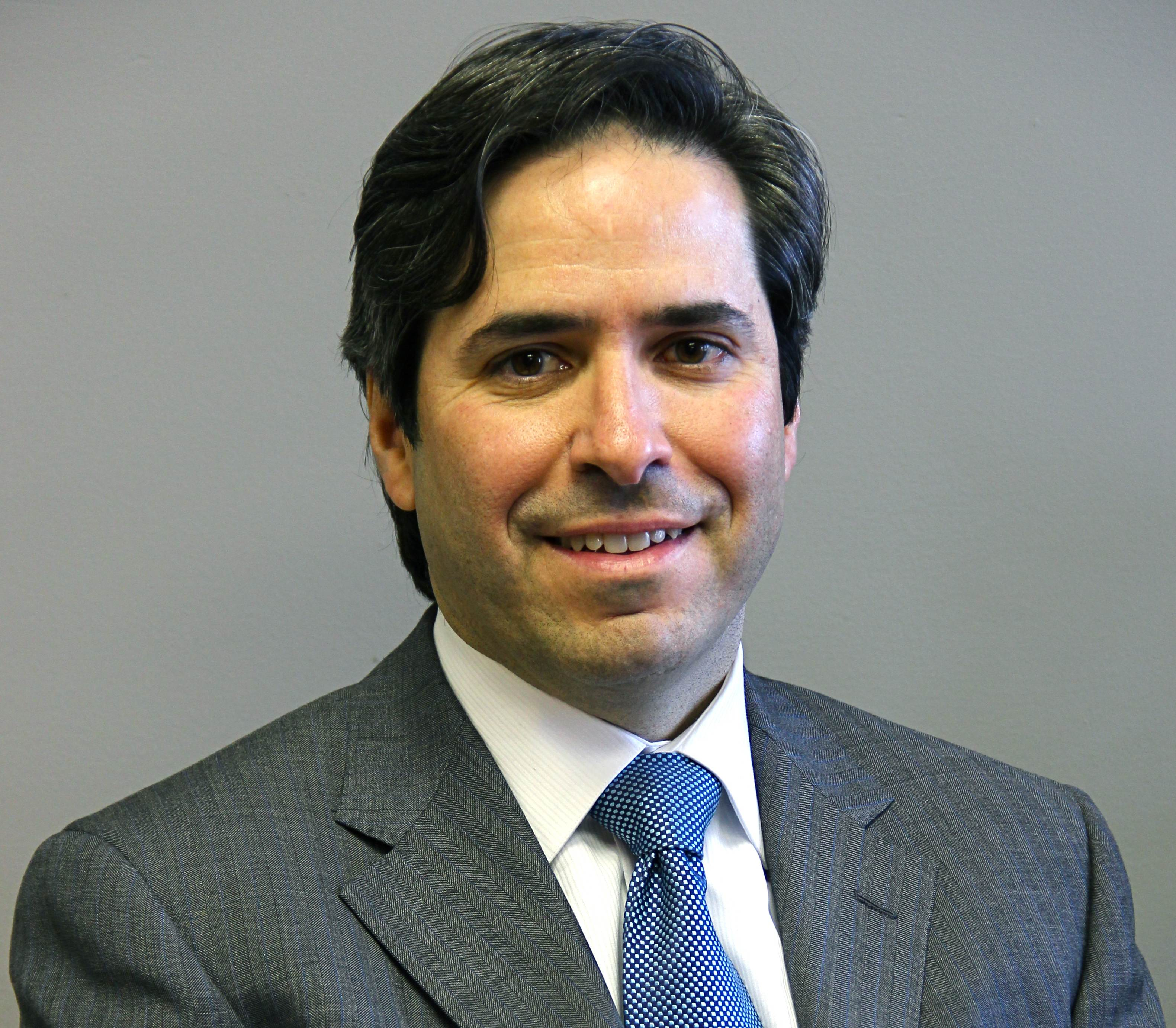 Stephen G Pereira, MD
