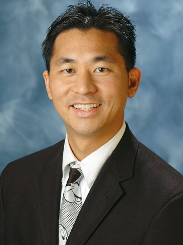 Victor H Huang, MD