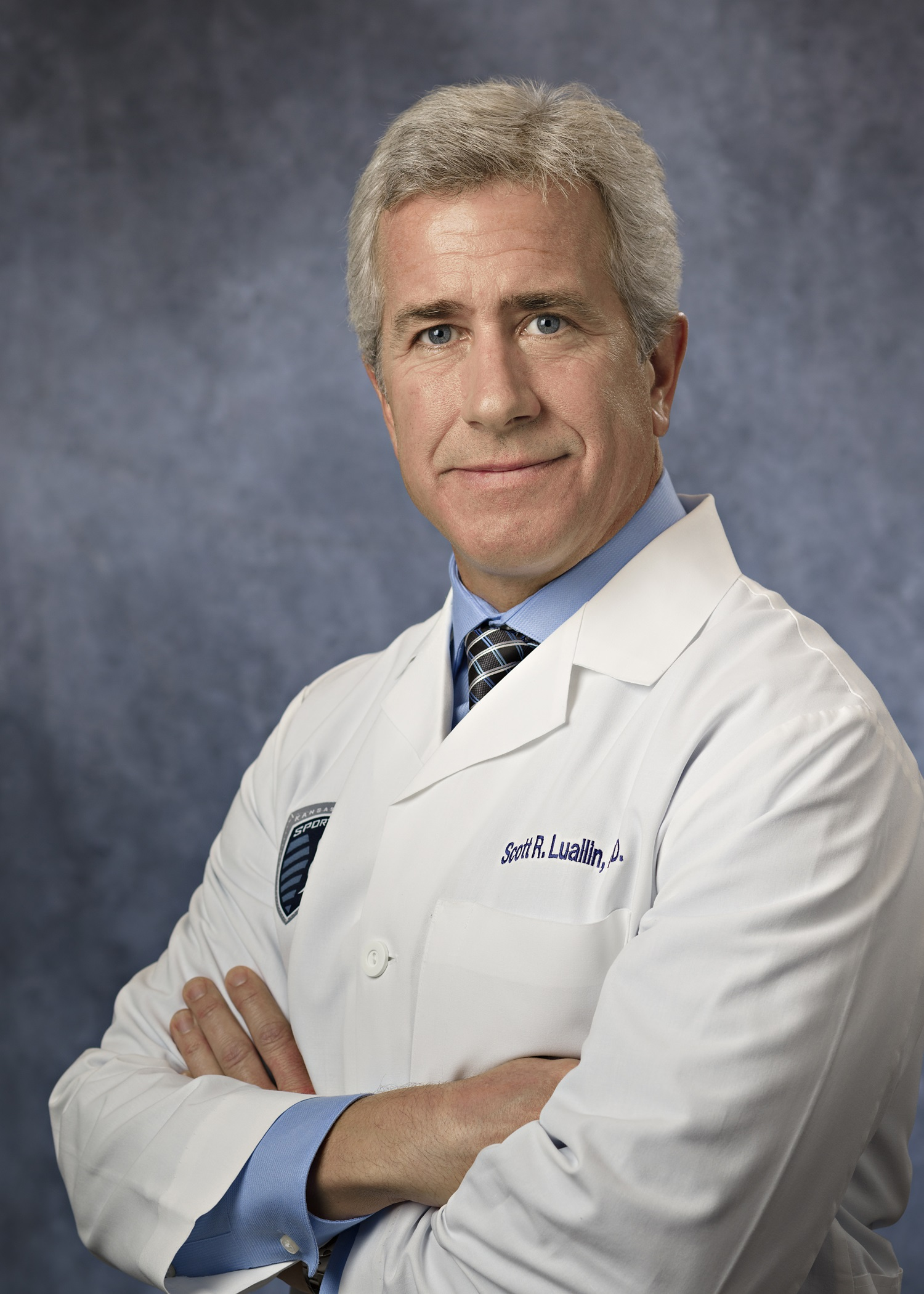 Scott R Luallin, MD