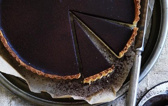 Chocolate_tart_729-620x0