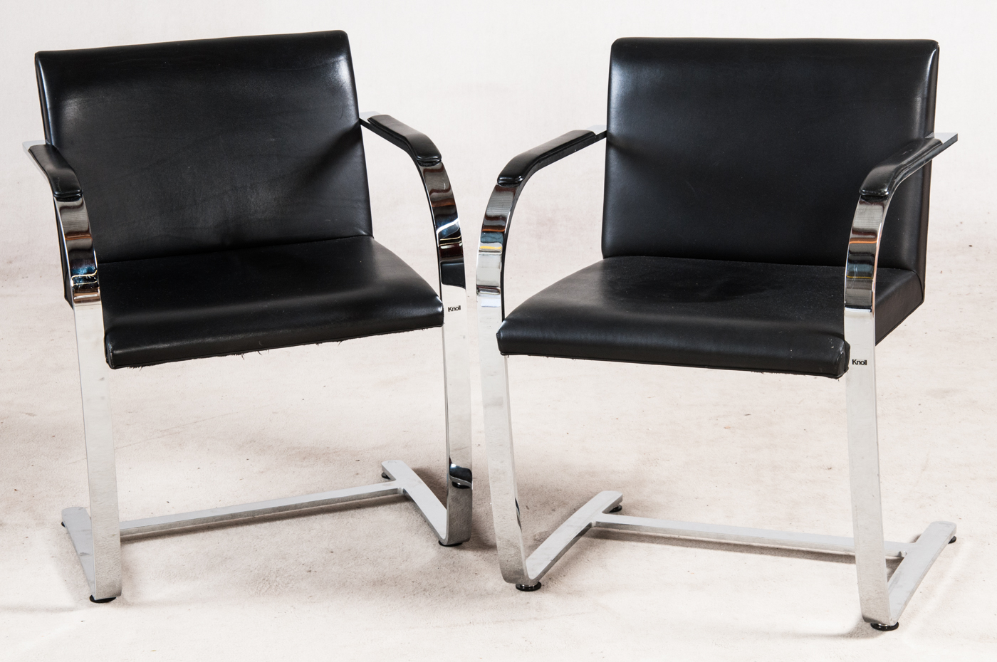 Ludwig Mies van der Rohe, two chairs / cantilever / chair 'Brno' model 'MR50', for Knoll International (2)