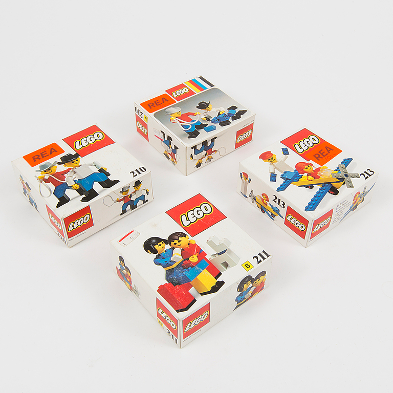 LEGO. 16 pieces set, Denmark, 1970's / 80's.