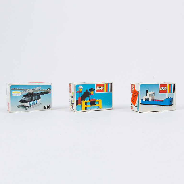 LEGO. 15 pieces set, Denmark, 1970's / 80's.