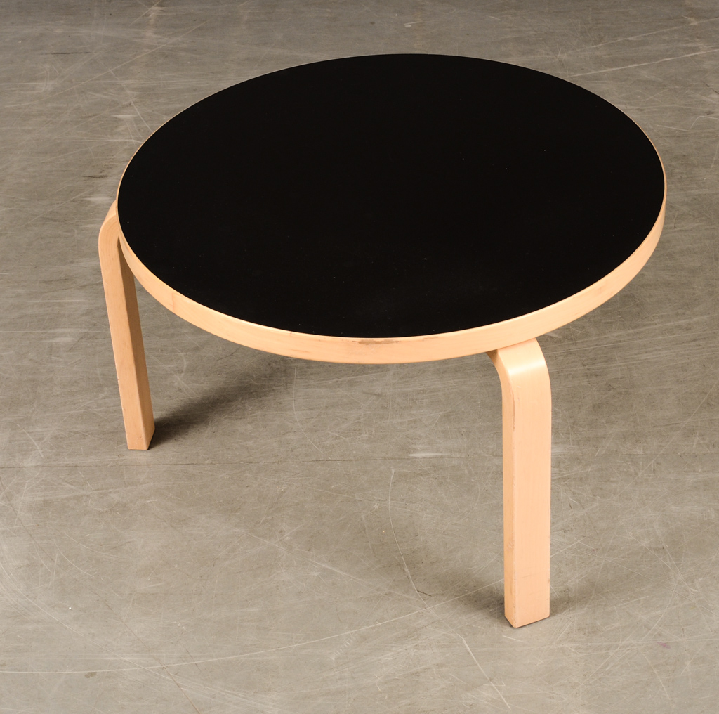 Alvar Aalto, coffee table