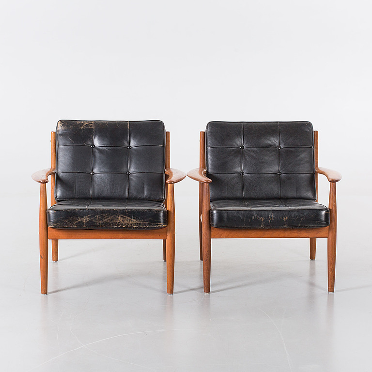Armchairs. A pair of teak. Grete Jalk France & Son,