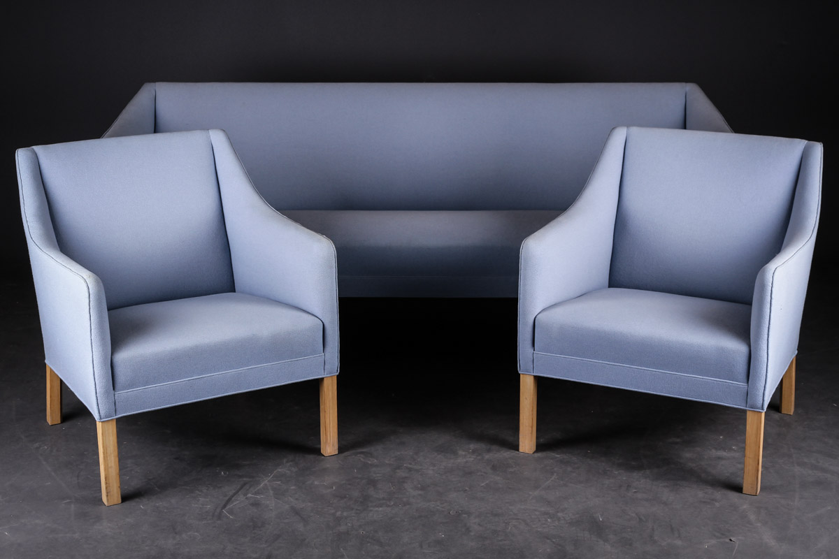 Grete Jalk. Sofa and two armchairs (3)