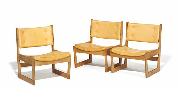Grete Jalk: Set of three very rare chairs of resp. solid oak and beech. Cushions in seat and back upholstered with natural leather, fitted with buttons. (3)