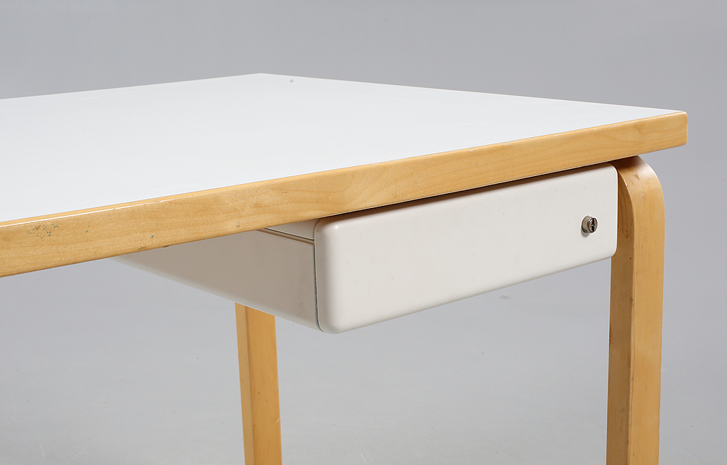 Alvar Aalto. Table, model 81B, 1900 the second half.