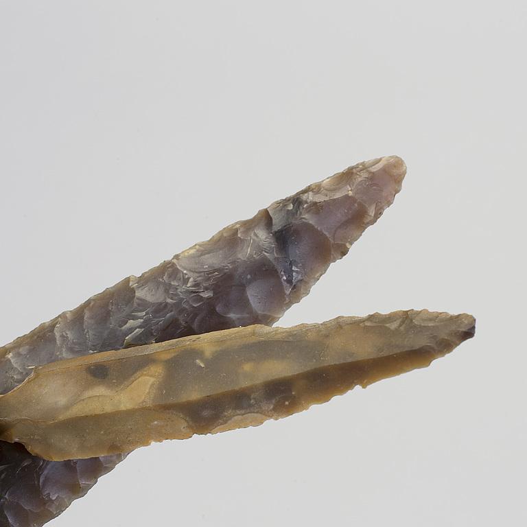 Arrowheads. 2 pcs, flint, ancient.