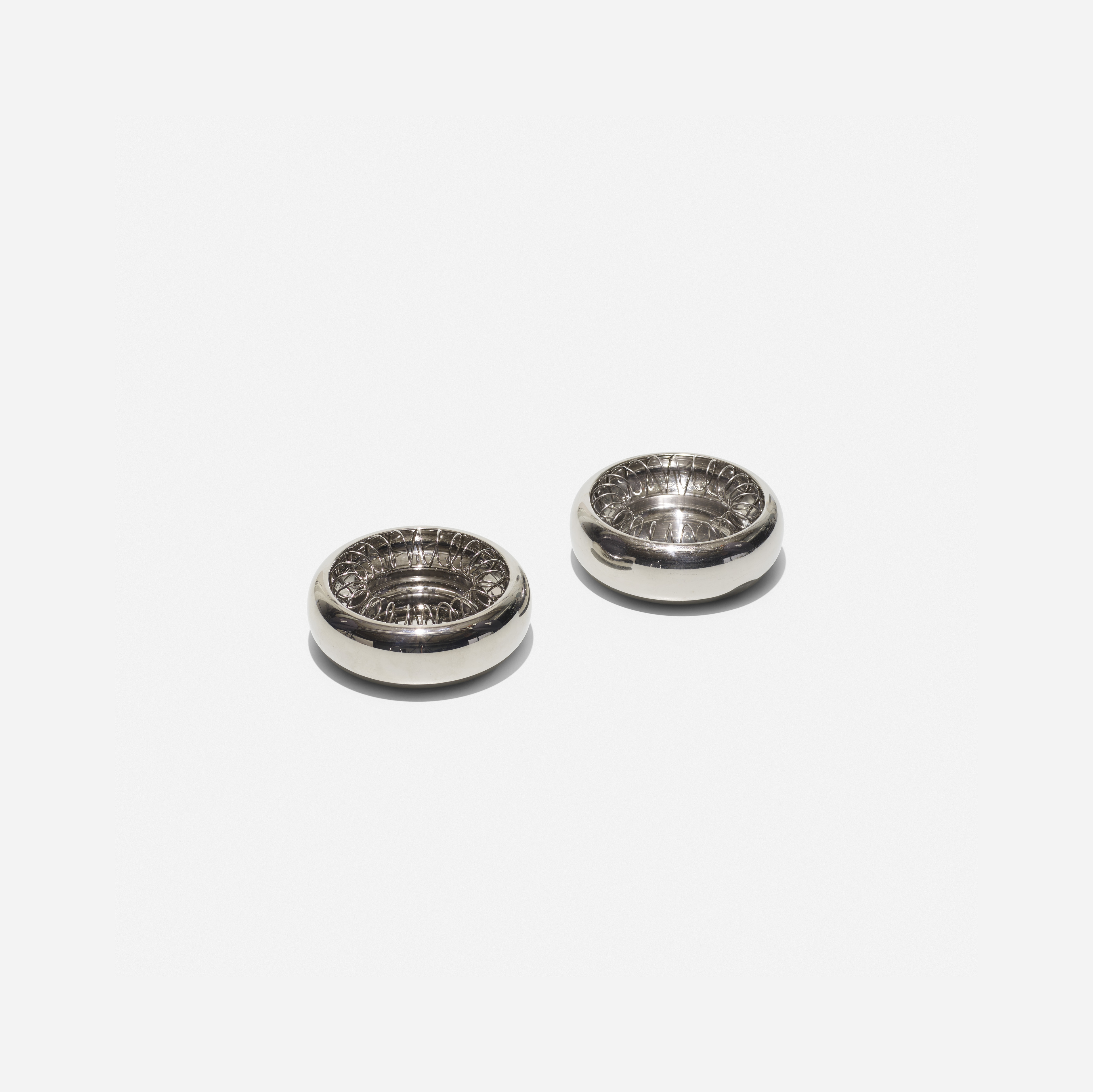 Spirale ashtrays, pair - Achille Castiglioni