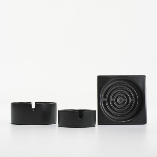 ashtrays, set of three
