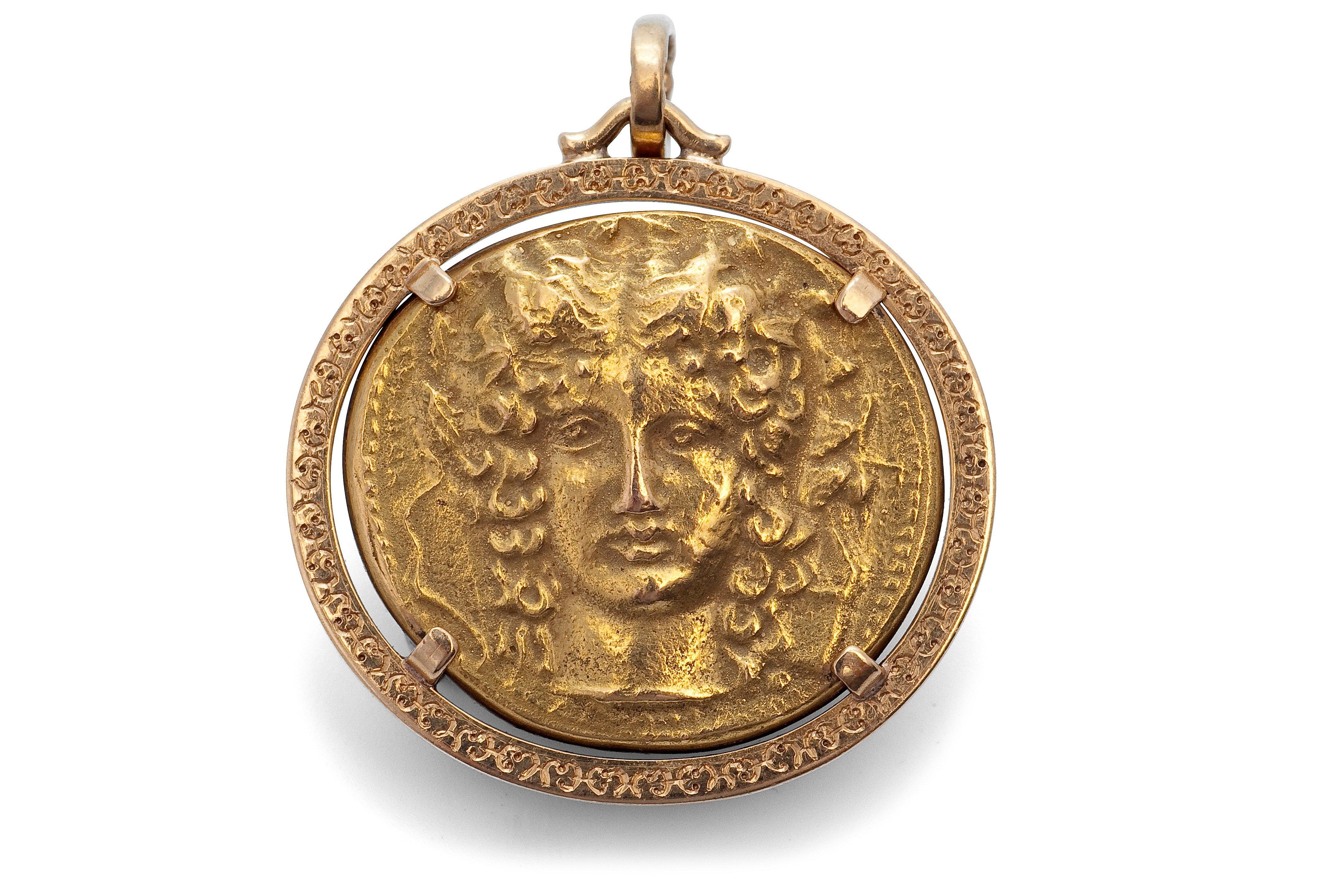 PENDANT GOLD COIN.