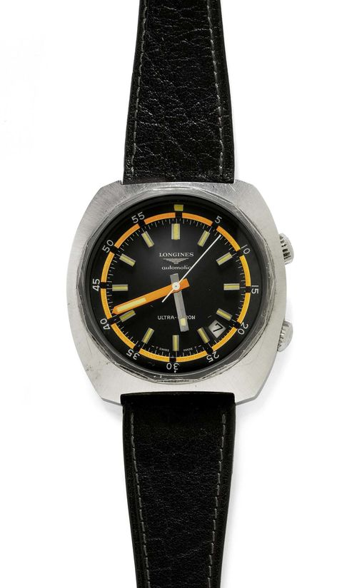 DIVER'S WATCH, AUTOMATIC, LONGINES, ULTRA CHRON, 1980s. Steel. Ref. 8221-2. Tonneau-shaped case No. 15 490899 with crown at 4h and crown for operating the minute ring at 2h. Anthracite-coloured dial with outer, orange, rotatable minute ring, luminous indices and hour hand, orange minute hand, central second, date at 4-5h, signed, Longines Automatic, Ultra Chron. Movement No. 50080699, Cal. 431. Black leather band, not original. D 44 x 43 mm.