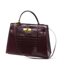 HERMES Paris made in france Sac 'Kelly' 32 cm en crocodile porosus rou