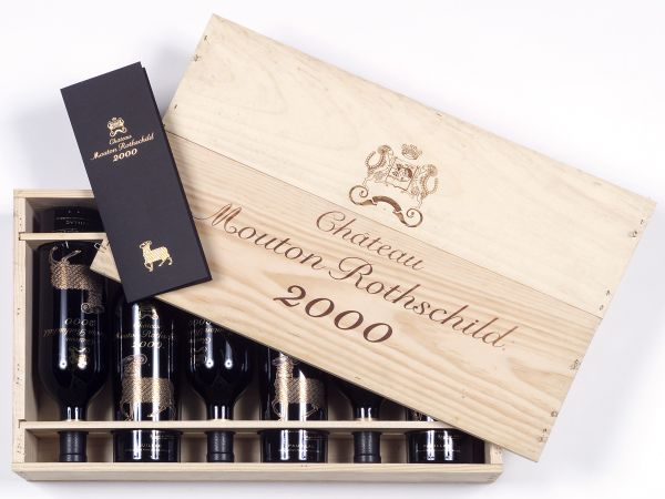 6 bouteilles CHATEAU MOUTON ROTHSCHILD, 1er cru Pauillac 2000 cb
