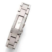 GUCCI Vers 2000 Montre bracelet de dame en acier, boîtier rectangle, b