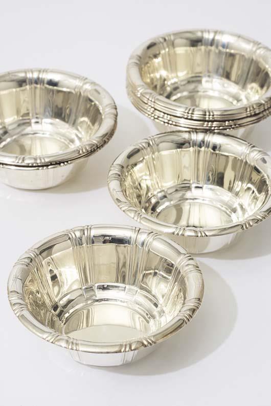 """Set of 12 """"Contempora"""" bowls"""