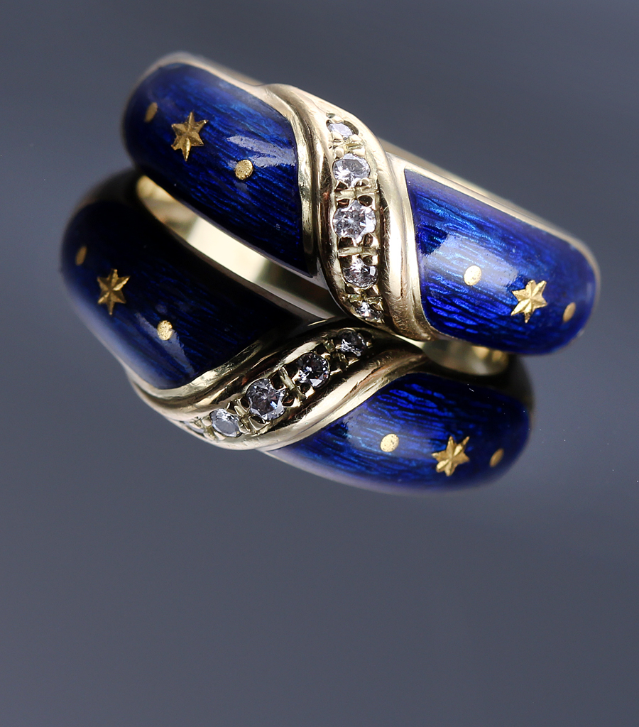 Fabergé. Diamond ring 18 kt. gold with blue enamel, ca. 1990s