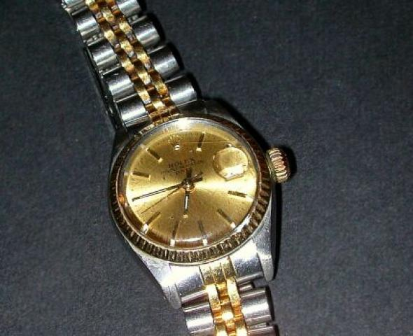 Lady''s Stainless Steel Wristwatch