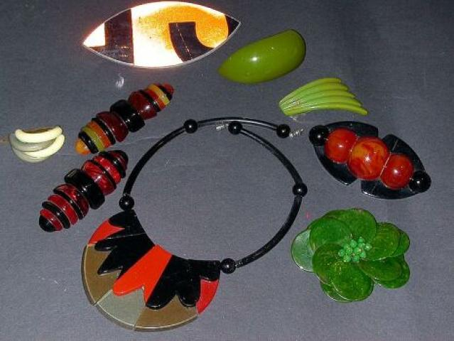 Lot of Assorted Bakelite and Plastic Jewelry