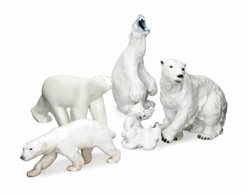 FIVE CONTINENTAL PORCELAIN MODELS OF POLAR BEARS, AND A FIGURE GROUP OF TWO CUBS,