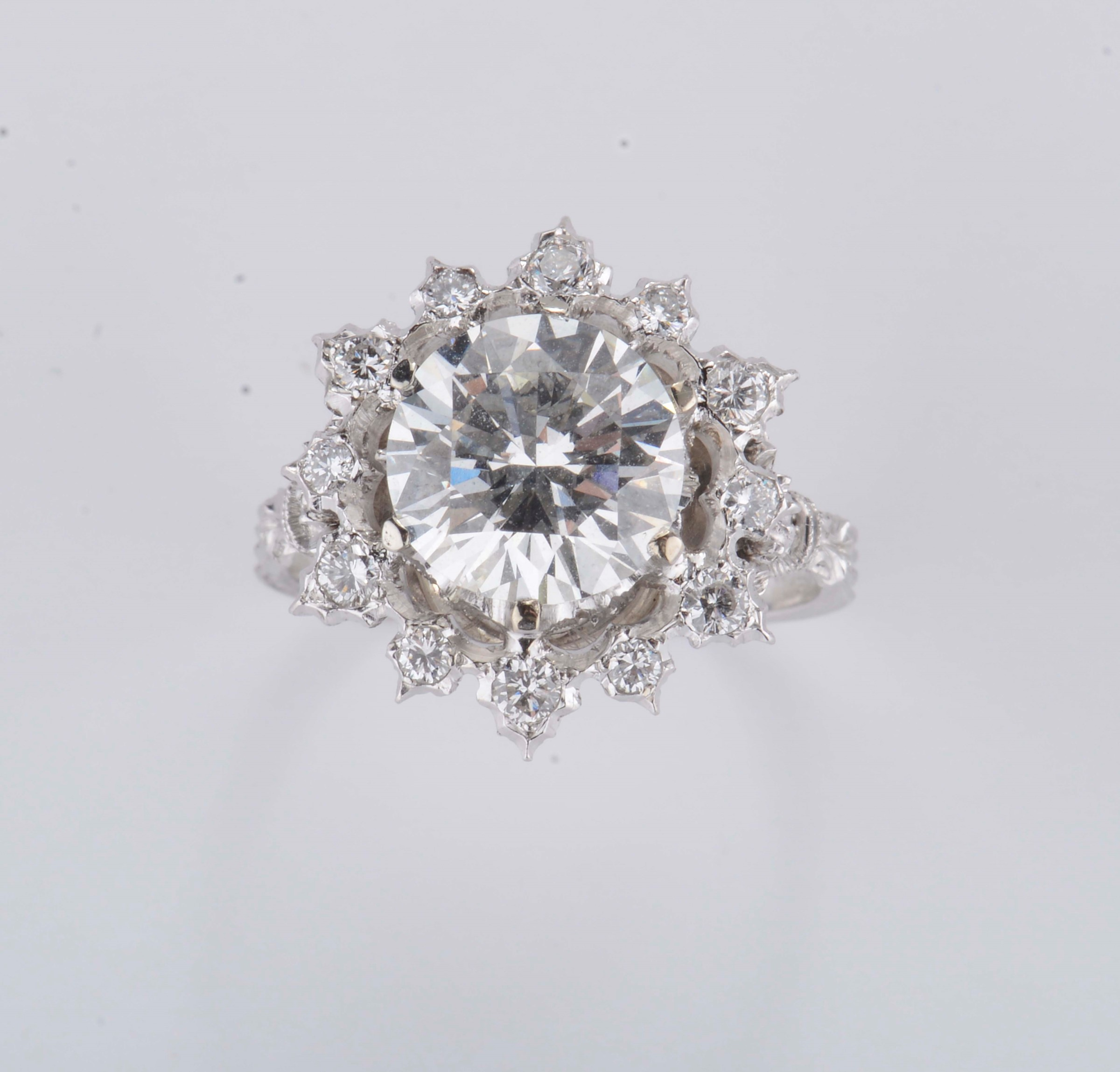 Buccellati. Diamond ring. A diamond weighing 3,02 carats