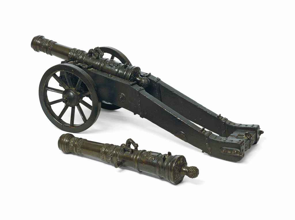 A PAIR OF BRONZE MODEL CANNONS