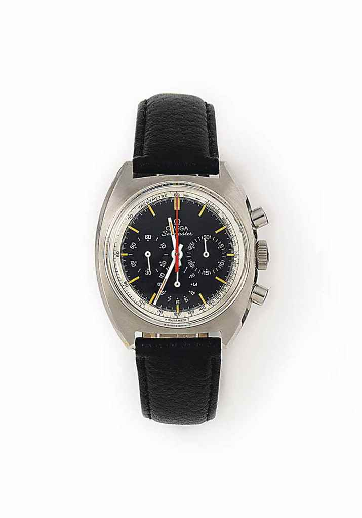 A STAINLESS STEEL CHRONOGRAPH 'SEAMASTER' WRISTWATCH, BY OMEGA