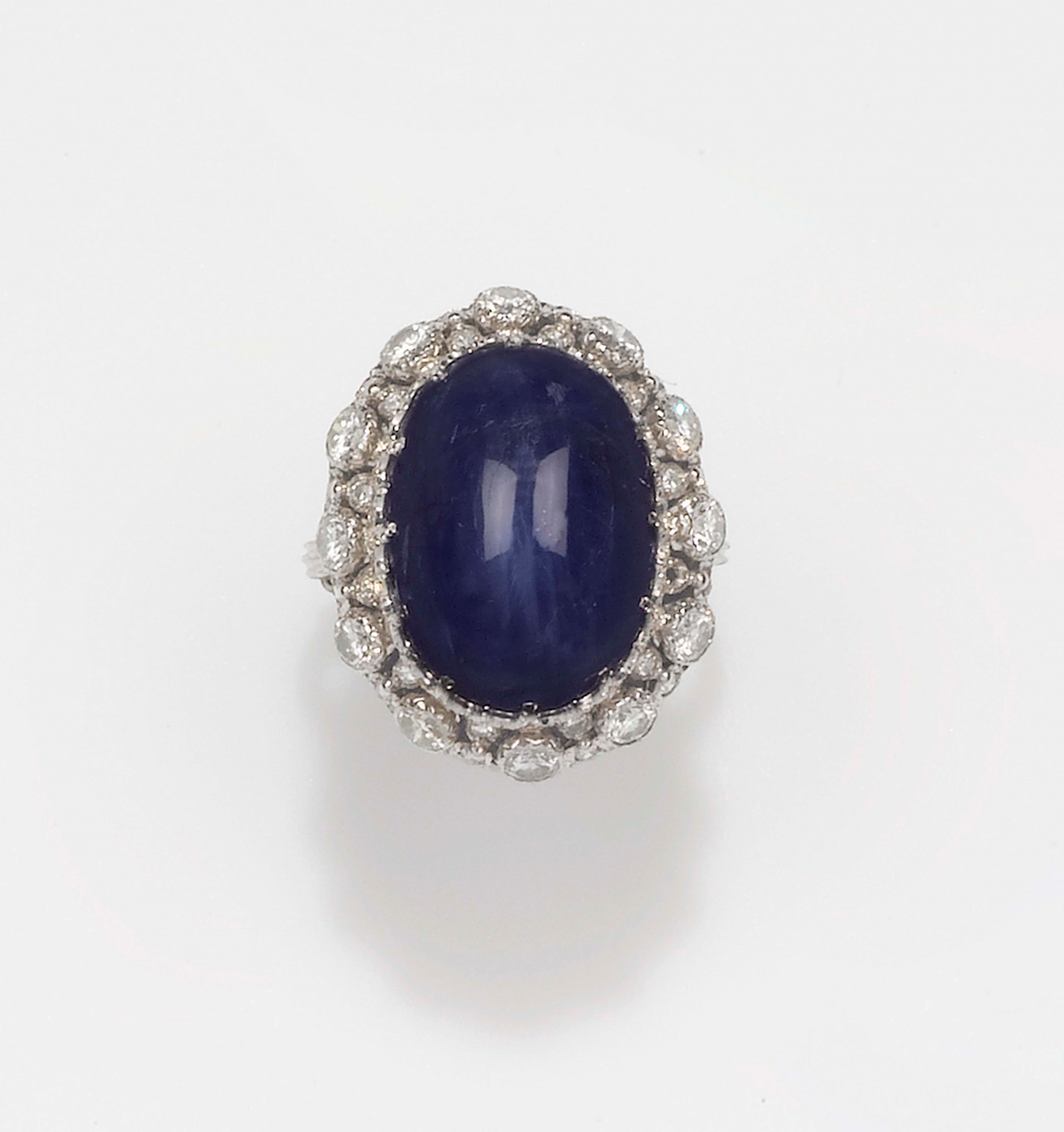 Buccellati. A star sapphire and diamond cluster ring