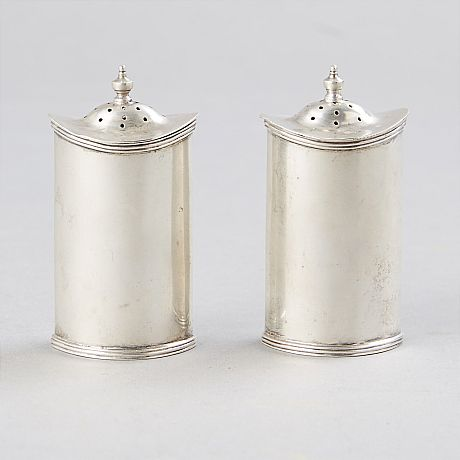 Salt and pepper shakers Silver England