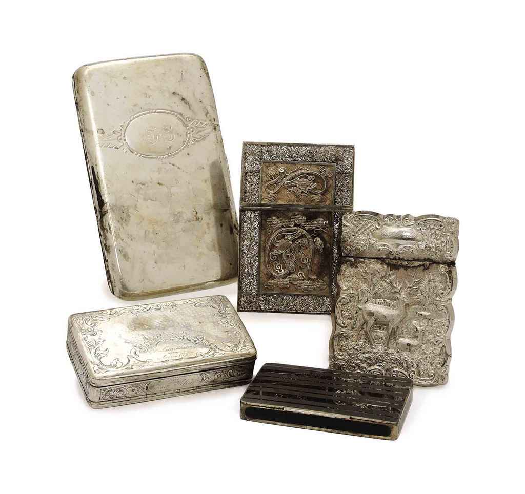 A GROUP OF CONTINENTAL AND AMERICAN SILVER BOXES AND CASES,
