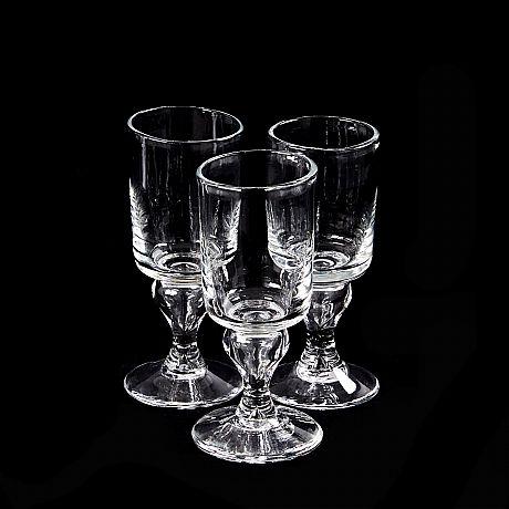 """Reijmyre wine glass and carafe """"Antique"""""""