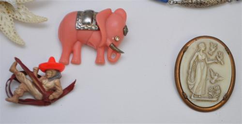 10 pc 1930-40s CELLOLOID BAKELITE JEWELRY FRANCE + MORE