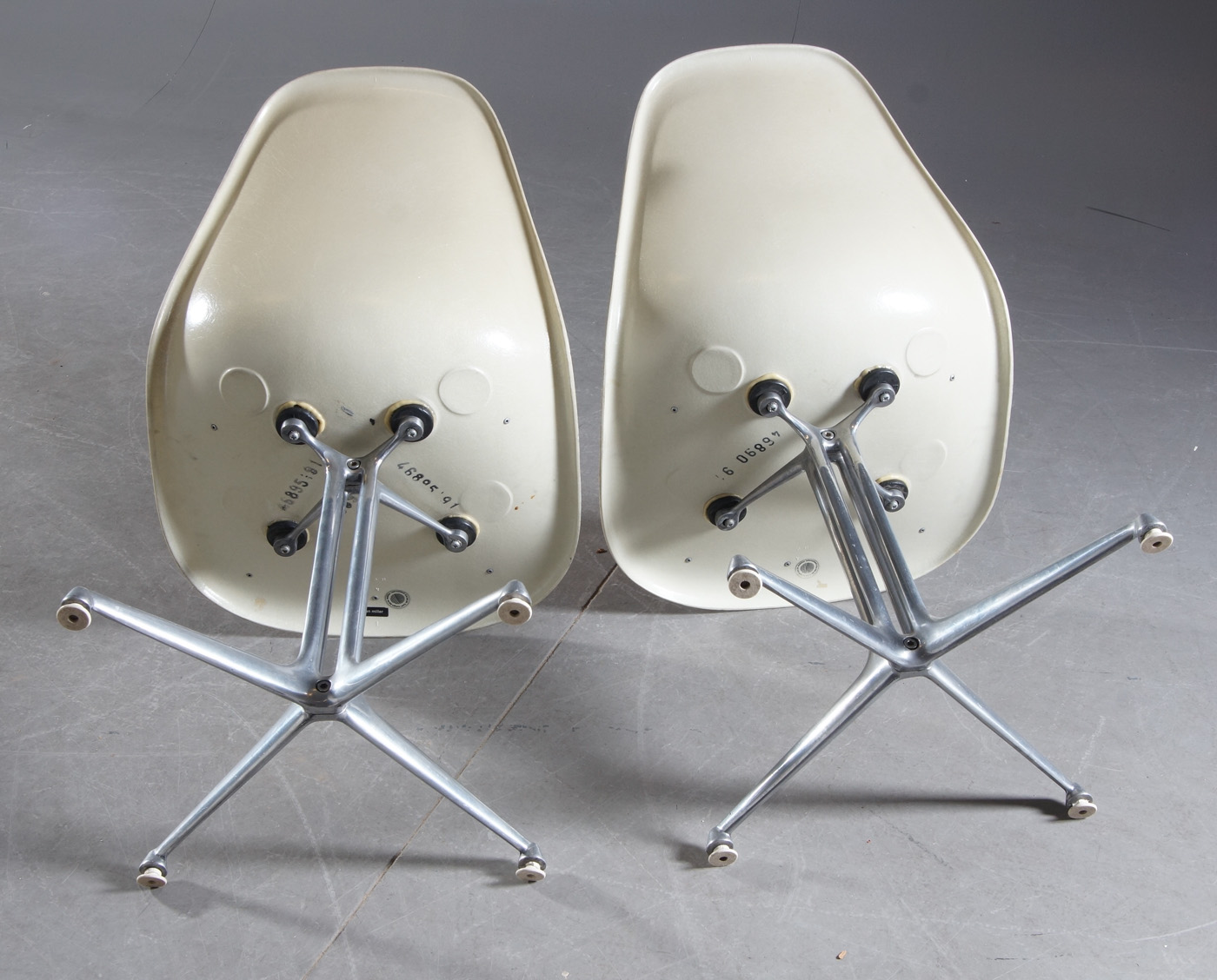 Charles & Ray Eames for Herman Miller chairs a pair (2)