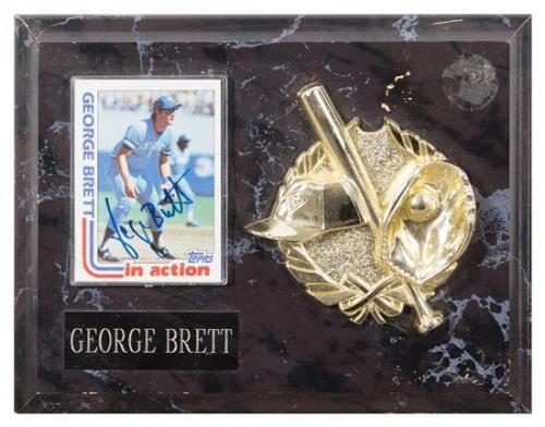 A George Brett Autographed Baseball Card Card 3 1/2 x 2 1/2 inches.