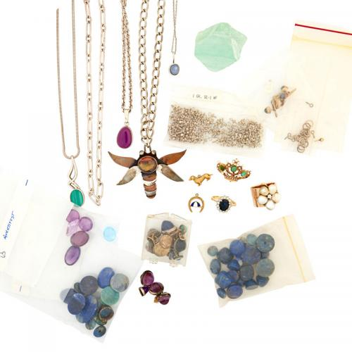 APPROX. 109 UNMOUNTED GEMSTONES, JEWELRY, ETC. INCL. GOLD