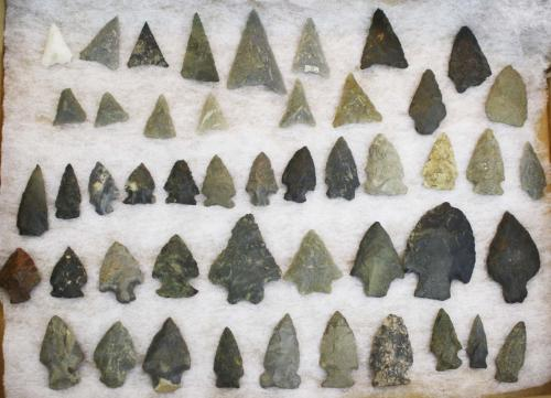 Vermont pre-historic lithic arrowheads, points incl Levanna, Jack's Reef, Brewerton side-notched & c