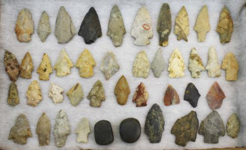Arkansas prehistoric lithic artifacts including arrowheads, points, scrapers, & burnishing stones- 4