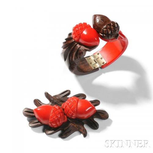 Bakelite Jewelry Bracelet and Pin