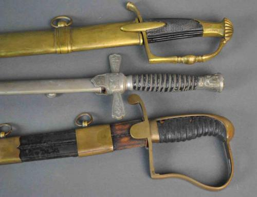 GROUP (3) UNMARKED SWORDS