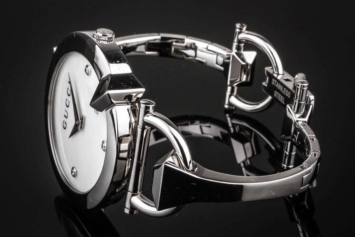 Gucci Chiodo diamond steel ladies' watch, ref.122504