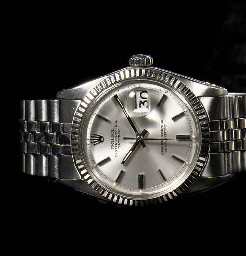 A STAINLESS STEEL AUTOMATIC WATER RESISTANT WRISTWATCH WITH SWEEP CENTRE SECONDS AND DATE, BY ROLEX
