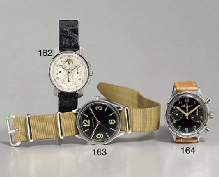 LONGINES. A LARGE STAINLESS STEEL MILITARY-STYLE WRISTWATCH