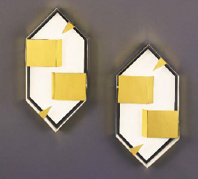 A PAIR OF WHITE-PAINTED AND GILT-METAL WALL SCONCES