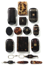 A COLLECTION OF TORTOISESHELL AND GILT-METAL INLAID TRINKET BOXES