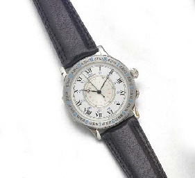 LONGINES: A STAINLESS STEEL ANGLE HOUR WRISTWATCHsigned Longines, circa 1990.