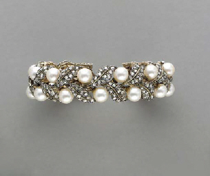 A CULTURED PEARL, DIAMOND, 18K GOLD AND SILVER BANGLE BRACELET, BY BUCCELLATI